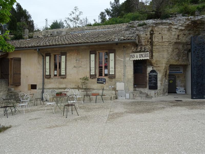 baux-de-provence-grocery